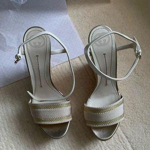 NWT Gucci cork sandals